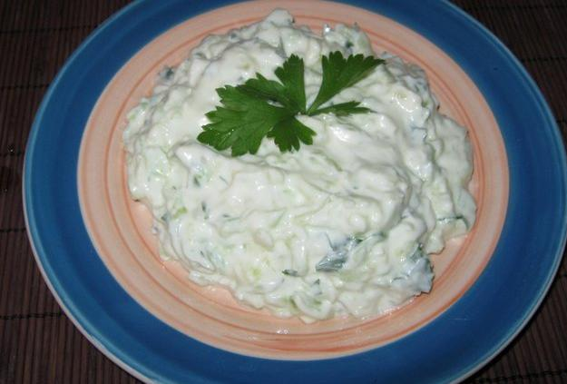 images/stories/greek-tzatziki-center.JPG