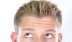 Φτιάξτε φυσική λοσιόν για λαμπερά μαλλιά χωρίς πιτυρίδα 892c5da908c